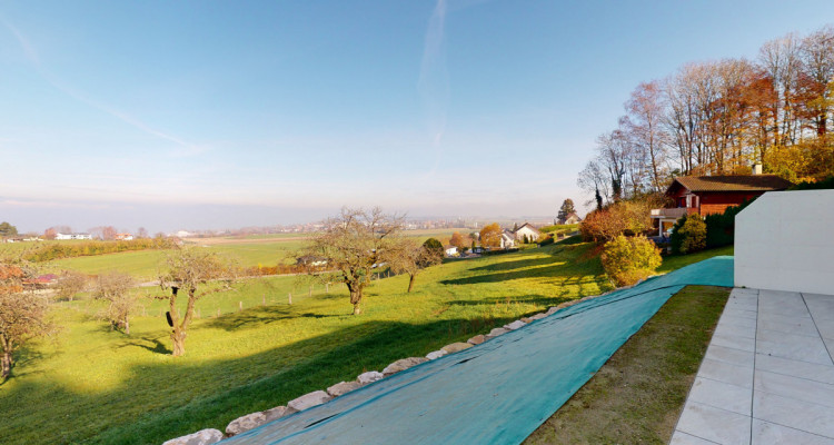 EN EXCLUSIVITÉ - Villa mitoyenne avec vue exceptionnelle sur le lac image 12