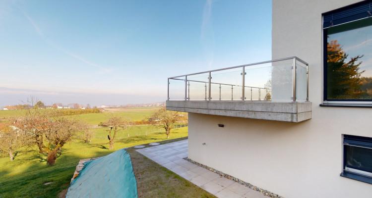 EN EXCLUSIVITÉ - Villa mitoyenne avec vue exceptionnelle sur le lac image 1