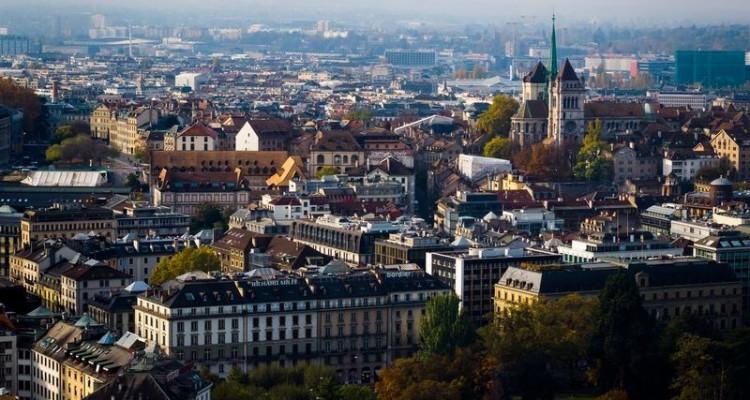 Immeuble administratif au coeur de Genève (GE-CH) image 1