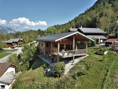 Magnifique chalet moderne avec  vue sur la vallée du Rhône. Idéal pour y habiter toute lannée image 1