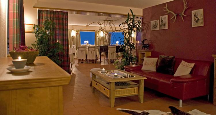 Ses 18 chambres, toute avec baignoire ou douche, WC, la plupart avec TV et téléphone, vous assurent un confort douillet dans une ambiance feutrée. <br /> <br /> Son restaurant panoramique aux saveurs  image 7