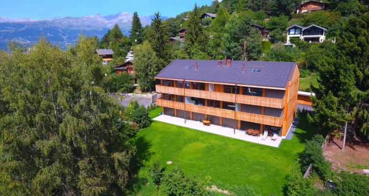 Immeuble - Le Louché - Dernières résidences secondaires - spacieuses terrasses - Centre du village image 1