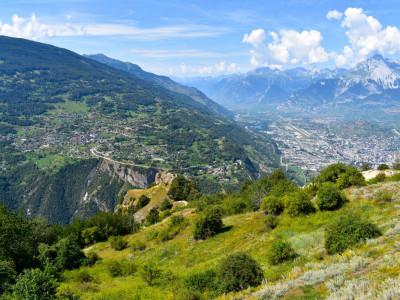 Joli duplex 4.5 pièces ensoleillé avec vue panoramique sur la vallée du Rhône image 1