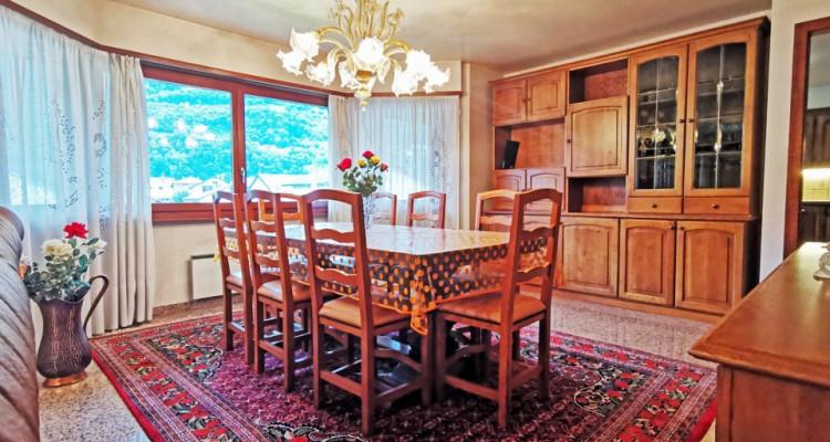 FOTI IMMO - Maison individuelle de 6,5 pièces + appartement de 3,5 pièces. image 4