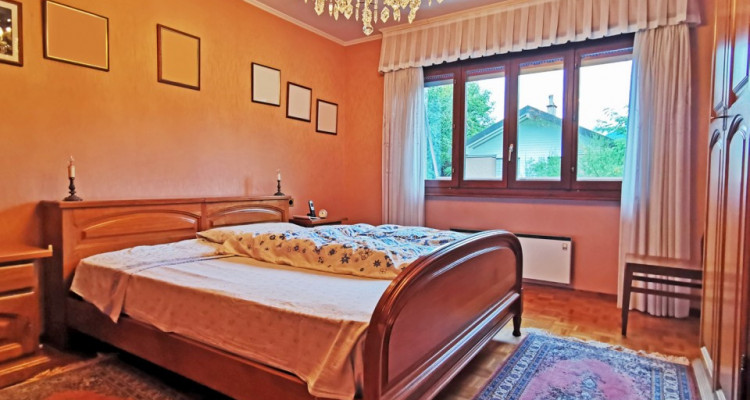FOTI IMMO - Maison individuelle de 6,5 pièces + appartement de 3,5 pièces. image 5