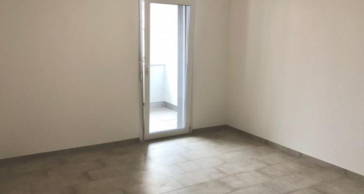 Appartement 3.5 pièces neuf 92 m2 avec parking souterrain à Vétroz image 6