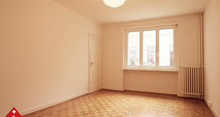 3D // Superbe appartement 3,5 p / 2 chambres / 1 SDB / au centre-ville image 1