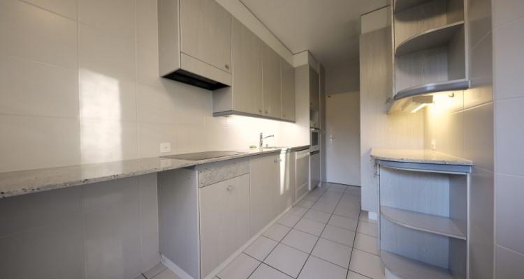 3D // Magnifique appartement de 3 p  / 1  chambres / 1 SDB / Balcon image 4