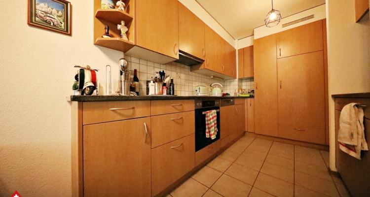 Superbe appartement 3.5 p / 2 chambres / SDB / Balcon  image 2