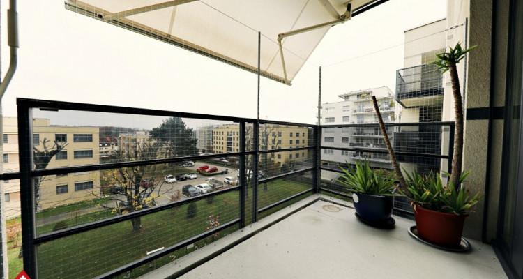 Superbe appartement 3.5 p / 2 chambres / SDB / Balcon  image 6