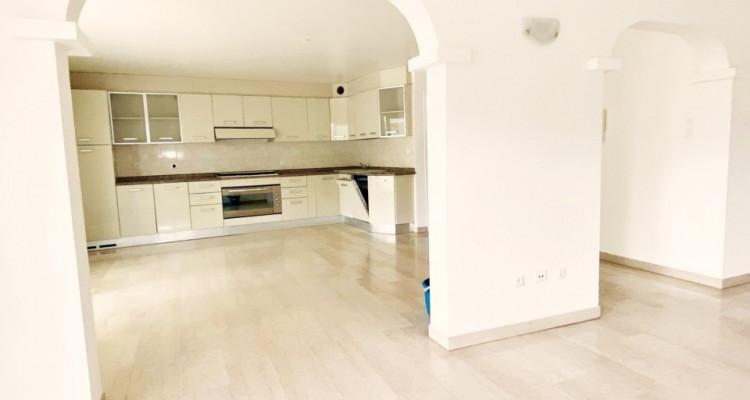 Superbe appartement 6p / 3 chambres / SDB / balcons/ terrasse/ véranda image 4
