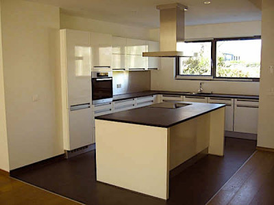 Magnifique Townhouse villa en Triplex (bien dinvestissement possible) image 1