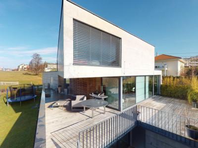 Splendide et lumineuse Villa darchitecte au design épuré image 1
