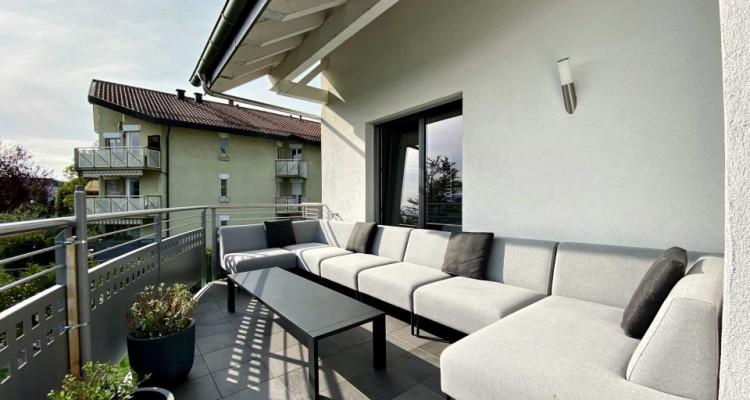 Magnifique appartement meublé de 4,5 pièces - Terrasse - Vue lac image 2
