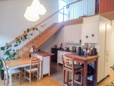 Splendide 2.5 pièces en duplex avec balcon image 1