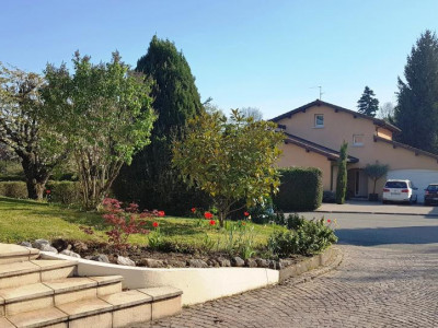 Belle villa familiale, lumineuse et spacieuse image 1