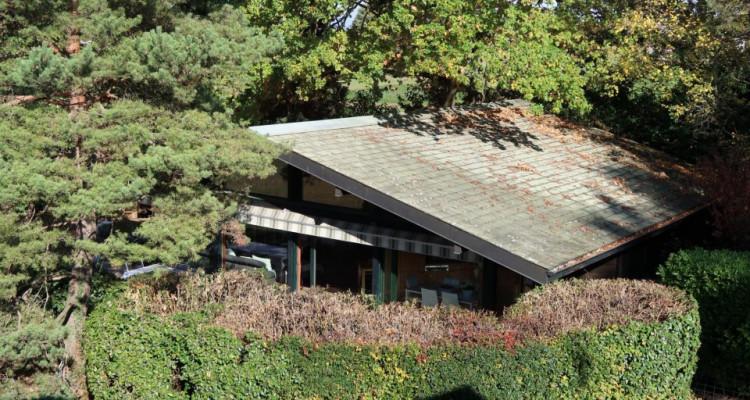 Propriété avec deux maisons individuelles sur 4006m2 de terrain en zone agricole. image 6