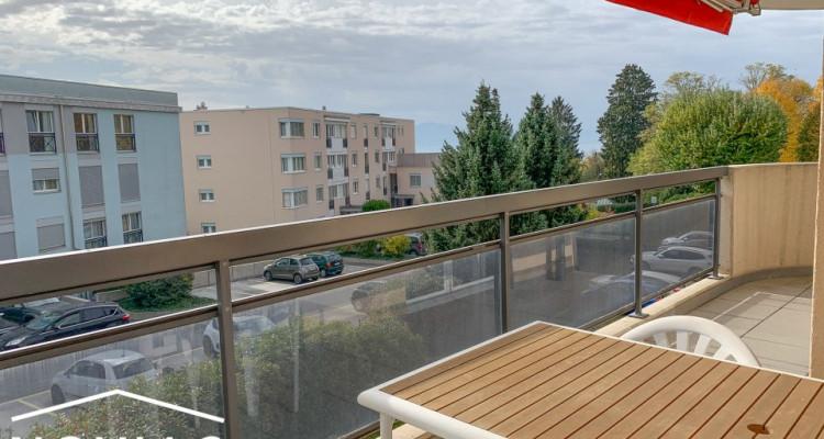 Magnifique 4.5 pièces de haut-standing avec piscine, fitness et balcon image 9
