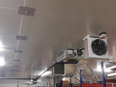 Entrepôt réfrigéré de 240 m2 image 1
