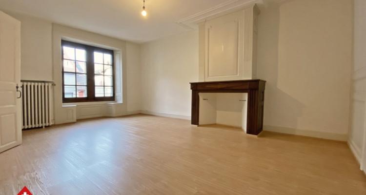 Magnifique appartement 2,5 p / 1 chambre / SDB / Centre-ville image 2