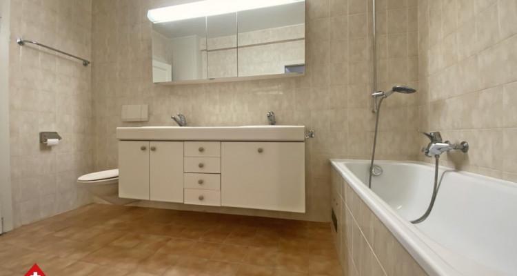 Magnifique appartement 2,5 p / 1 chambre / SDB / Centre-ville image 5