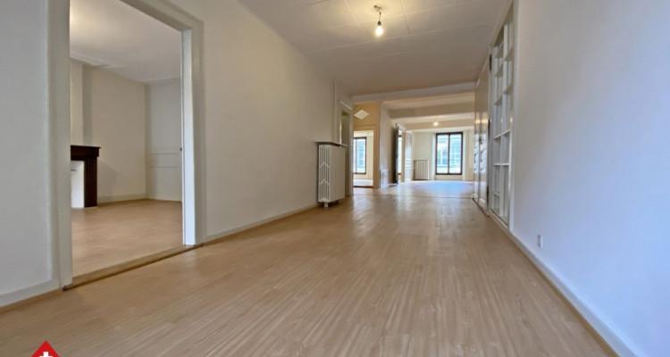 Magnifique appartement 2,5 p / 1 chambre / SDB / Centre-ville image 6