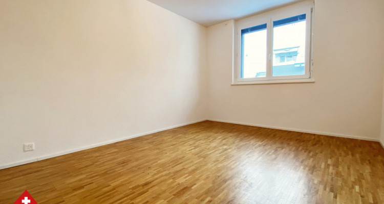 VISITE 3D / Magnifique appartement 3.5 p / 2 chambres / SDB / Balcon image 6