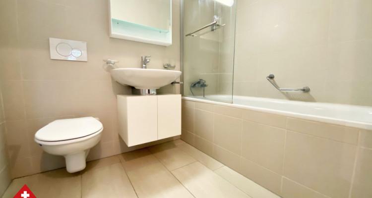 VISITE 3D / Magnifique appartement 3.5 p / 2 chambres / SDB / Balcon image 7