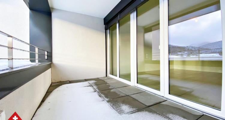 VISITE 3D / Magnifique appartement 3.5 p / 2 chambres / SDB / Balcon image 8
