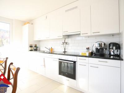 Superbe appartement 4.5 p / 3 chambres / SDB / balcon image 1