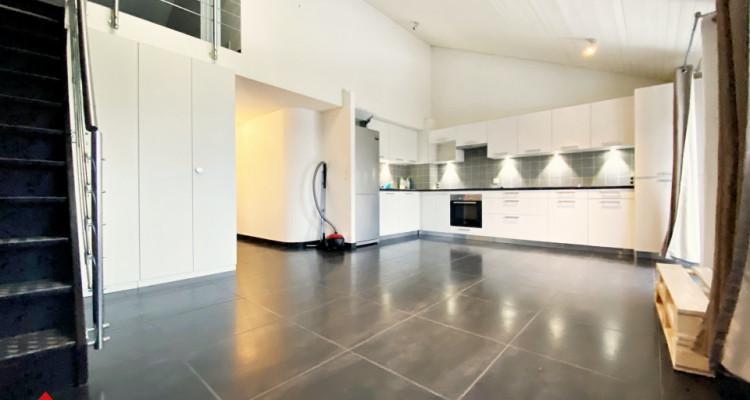VISITE 3D / Superbe appartement duplex 4 p / 2 ch / SDB / 2 balcons  image 1