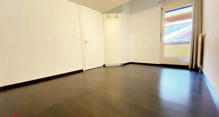 VISITE 3D / Superbe appartement duplex 4 p / 2 ch / SDB / 2 balcons  image 3