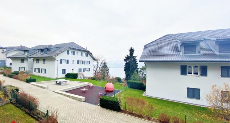 VISITE 3D / Magnifique appartement 3.5p / 2 chambres / SDB / Balcon image 1