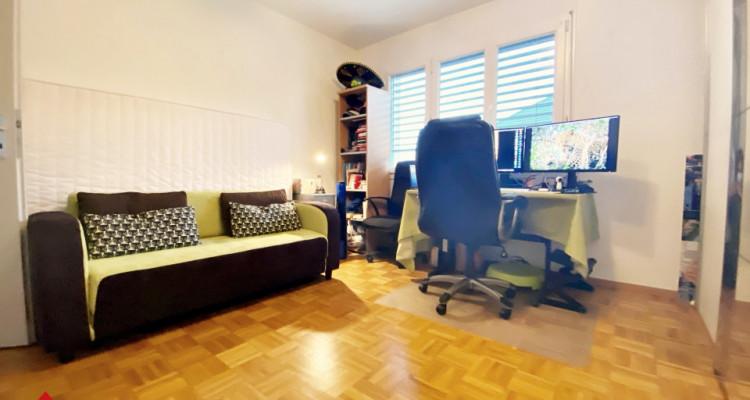 VISITE 3D / Magnifique appartement 3.5p / 2 chambres / SDB / Balcon image 6
