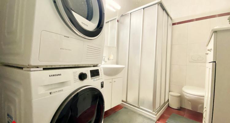 VISITE 3D / Magnifique appartement 3.5p / 2 chambres / SDB / Balcon image 7