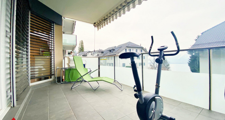 VISITE 3D / Magnifique appartement 3.5p / 2 chambres / SDB / Balcon image 9