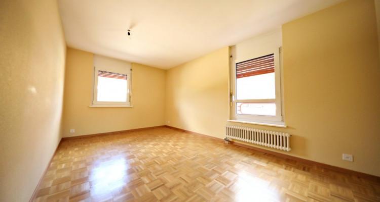 Magnifique appart 3,5 p / 2 chambres / 1 SDB / avec balcon. image 7