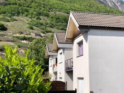 Magnifique appartement semi-meublé 2,5 p / 1 chambre / SDB / Terrasse image 1