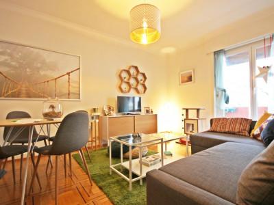 Magnifique 2,5p // 1 chambre // SDB // Balcon image 1