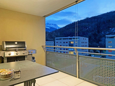 FOTI IMMO - 3,5 pces au 4ème étage avec balcon - Pour investisseurs ! image 1