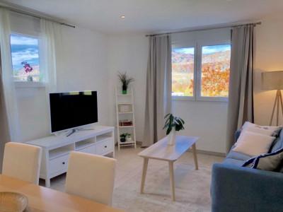 Joli appartement de 2 pièces meublé avec jardin  image 1