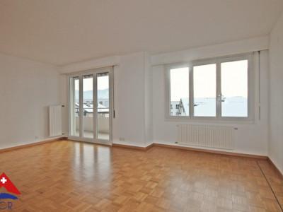 3D // Magnifique appartement 4,5 p / 3 chambres / 1 SDB / Balcons image 1