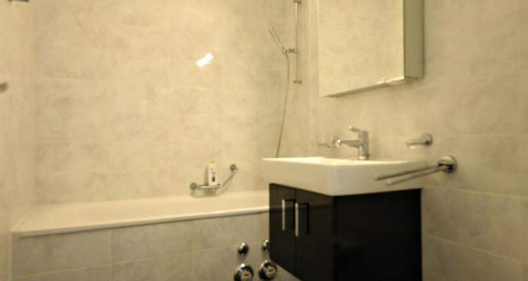 VISITE 3D // Magnifique 4,5 p / 3 chambres / 2 SDB / Balcon avec vue image 6