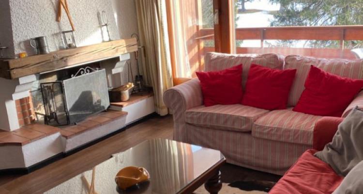 Bel appartement avec cheminée. Vente en SA image 3