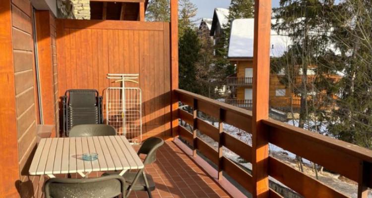 Bel appartement avec cheminée. Vente en SA image 12