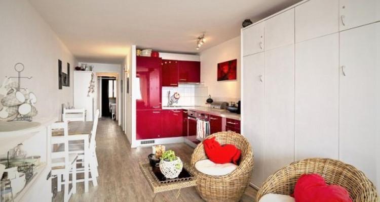 Coquet appartement de 2,5 pièces, avec piscine, Spa et coin cheminée image 1