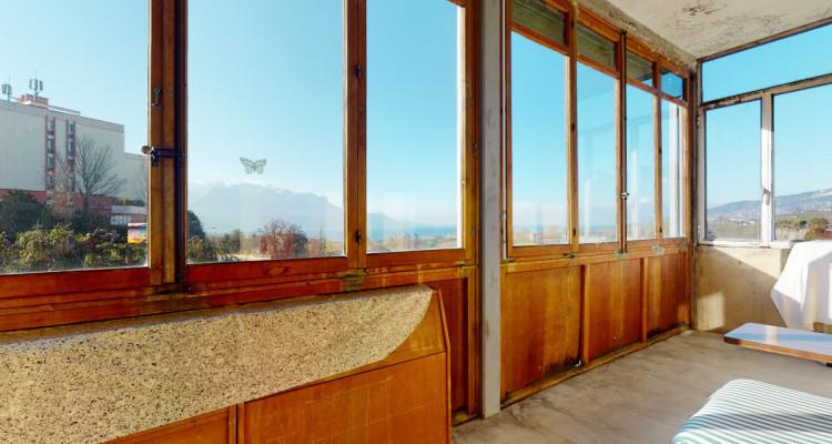 Bel immeuble de rendement de 3 appartements avec vue sur le lac image 9