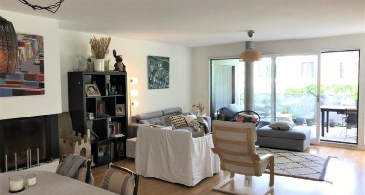 Bel appartement 4.5p / 3 chambres / 2 SDB / 1 grand balcon avec vue image 2