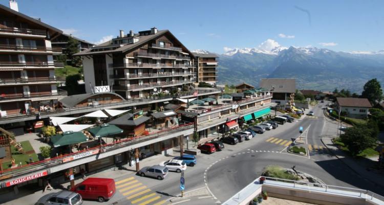 Magnifique appartement de 3 pièces au centre du village avec belle vue sur la vallée image 10