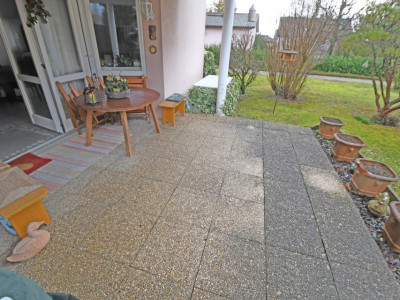 Bel appartement de 4.5 pièces avec terrasse au calme pour investisseur image 1